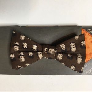 Duck Dynasty Floating heads bow tie +pocket square